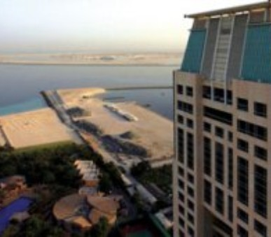 Hotel Habtoor Grand Resort & Spa