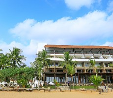 Hotel Pandanus Beach Resort and Spa