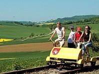 Dolním Rakouskem na šlapací drezíně Dle programu