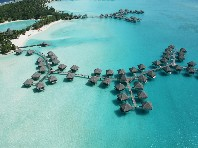 Hotelový komplex Le Meridien Bora Bora Dle programu