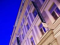 Hotel Oktiabrskaya Snídaně