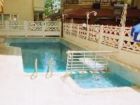 Kleopatra Bebek Hotel - levně