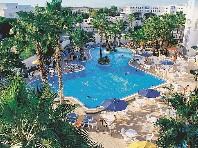 Hotel Nesrine - v září
