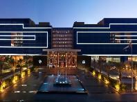 Hotel Fairmont Bab Al Bahr - luxusní hotely