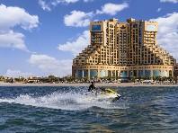 Hotel Fairmont Ajman Golf - luxusní dovolená