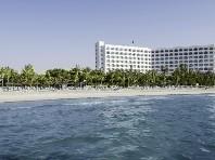 Ajman Hotel (ex Ajman Kempinski) - v září