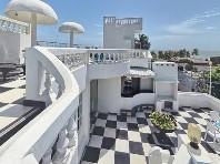 Royal Castle Hotel - levně
