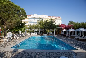 Summery Hotel