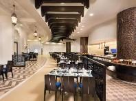 Bahi Ajman Palace Hotel Snídaně
