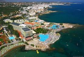 Eri Beach & Village Hotel
