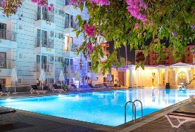 Hotel Akdora Resort