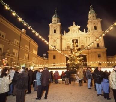 Adventní Salzburg a zámek Hellbrunn