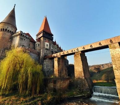 Rumunsko - Transylvánie, sídla Drakuly i Ceausesca