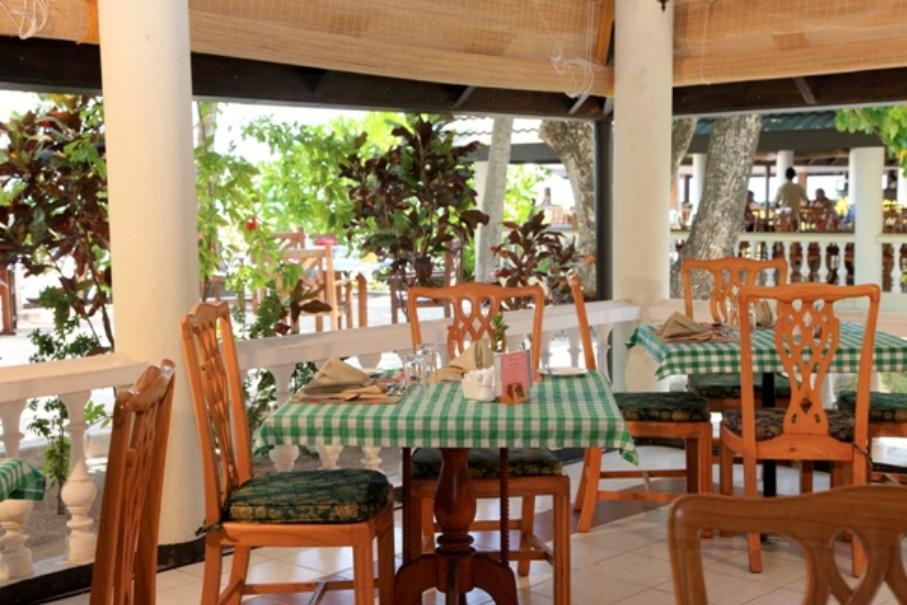 Hotel Holiday Island (fotografie 8)