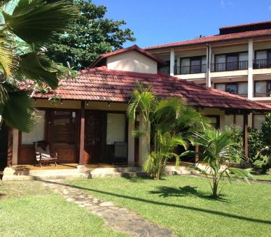 Hotel Weligama Bay Resort
