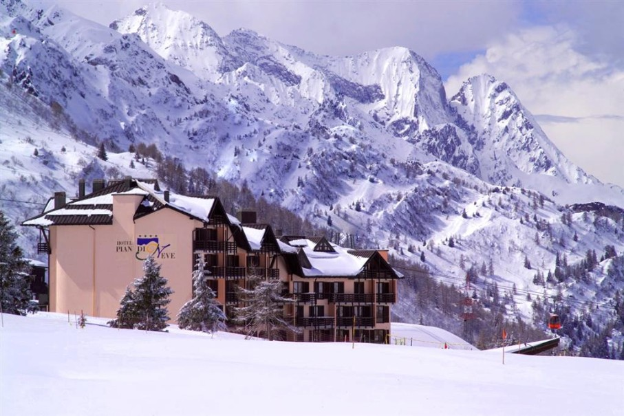 Hotel Piandineve (fotografie 1)