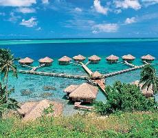 Royal Huahine Resort / Manava Suite Resort