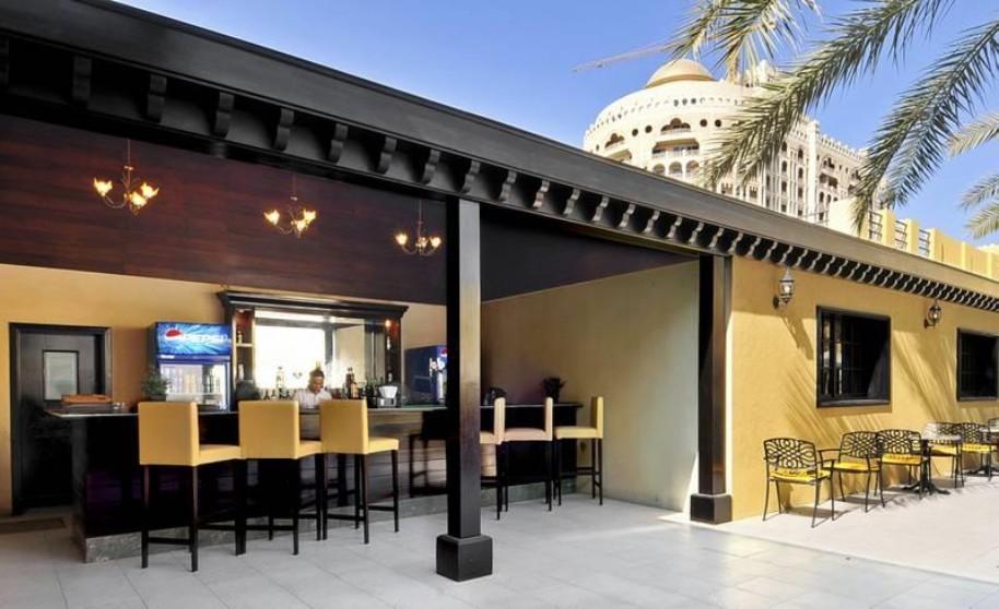 Hotel Al Hamra Village (fotografie 26)