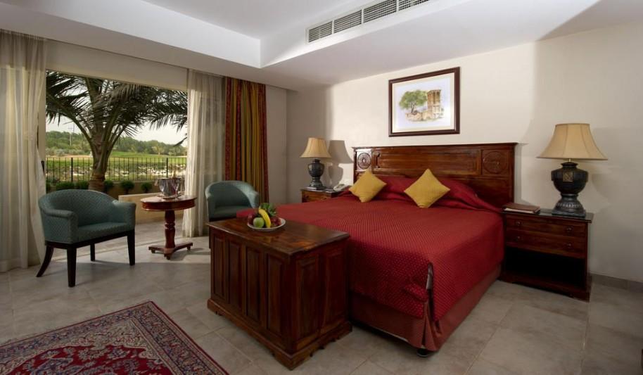 Hotel Al Hamra Village (fotografie 24)