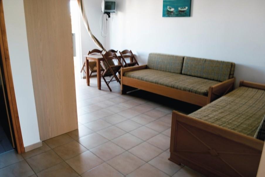 Studia a apartmány Evilion (fotografie 2)