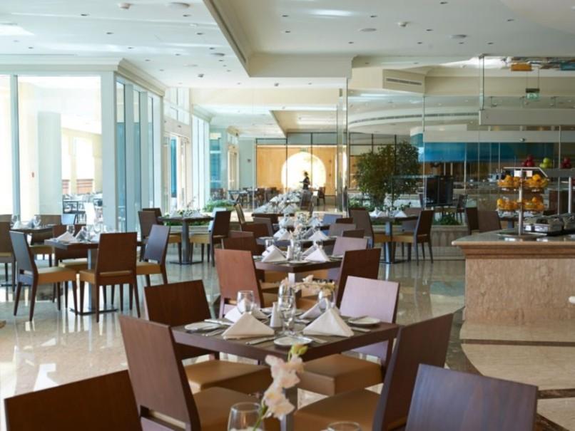 Hotel Crowne Plaza (fotografie 14)