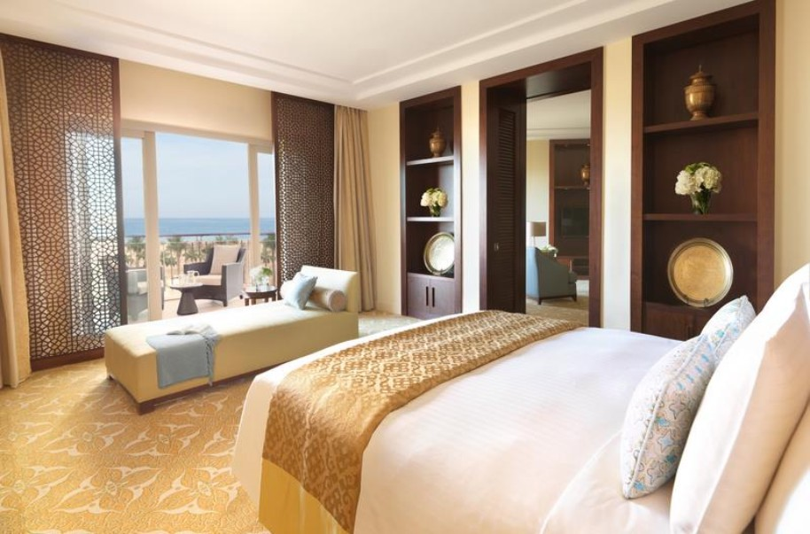 Hotel The Ritz Carlton Dubai (fotografie 15)