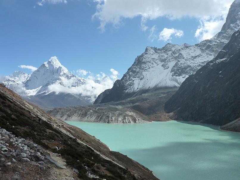Oblíbený trek pod nejvyšší horou světa v Himálaji, výstup na Kala Pattar a Gokyo Ri (fotografie 1)