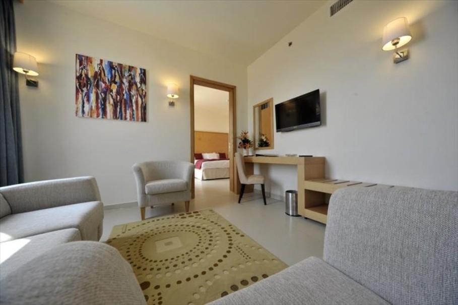 Hotel Ramada Resort Dead Sea (fotografie 9)