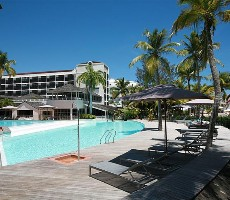 La Creole Beach Hotel and Spa