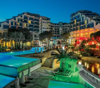 Hotel Cornelia Deluxe