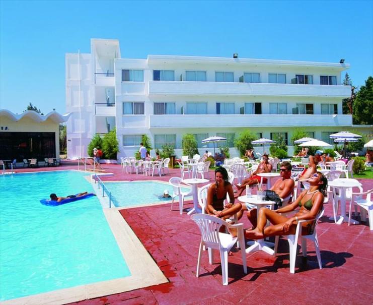 Evi Hotel (fotografie 2)