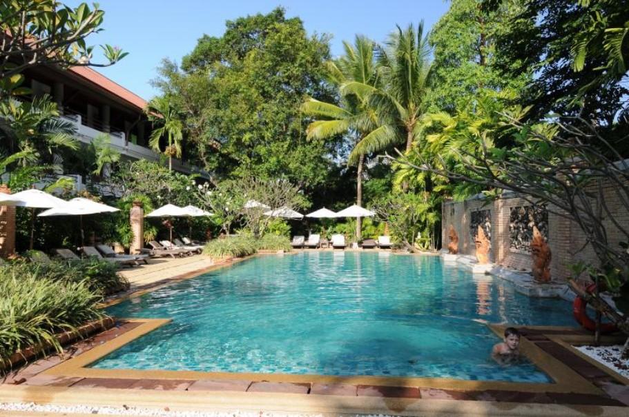 Patong Beach Hotel (fotografie 1)