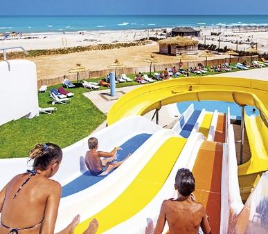 Hotel Meninx Resort & Aquapark (hlavní fotografie)