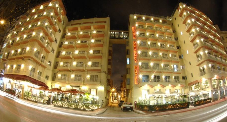 Hotel Plaza (fotografie 1)