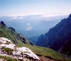 Hory a kláštery Drakulovy Transylvánie