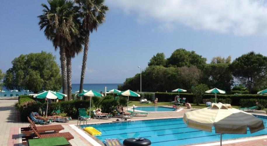 Pylea Beach Hotel (fotografie 2)