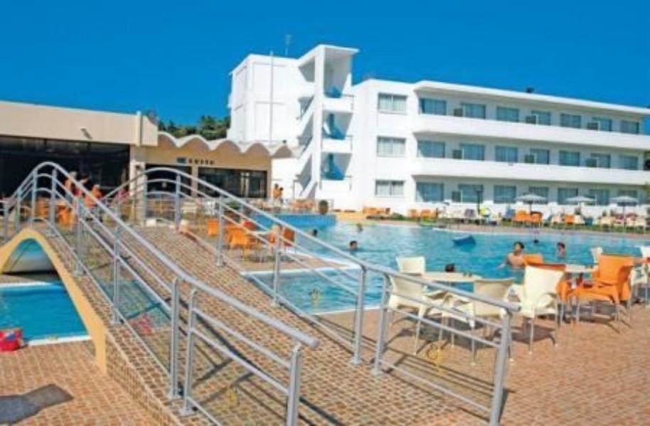 Hotel Evi (fotografie 1)