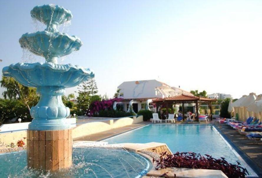 Hotel Nirvana Beach (fotografie 1)