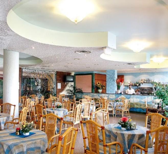 Hotel Sporting Baia (fotografie 1)