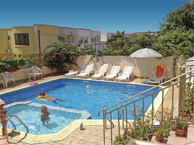 Hotel Larisa (fotografie 2)