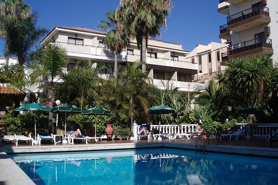 Hotel Don Manolito (fotografie 1)