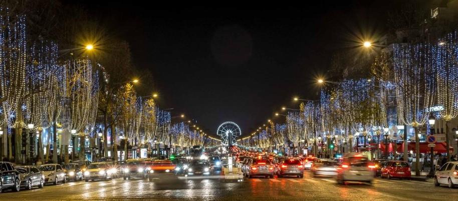 Kouzelná oslava Nového roku v romantické Paříži (fotografie 3)