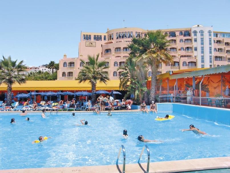 Hotel Monica Isabel (fotografie 1)