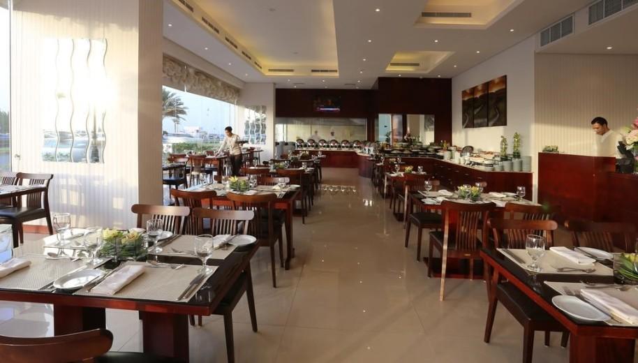 Ramada By Wyndham Beach Hotel Ajman (fotografie 4)