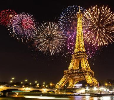 Kouzelná oslava Nového roku v romantické Paříži