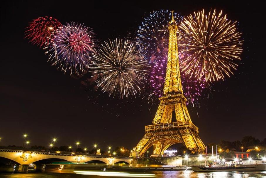 Kouzelná oslava Nového roku v romantické Paříži (fotografie 1)
