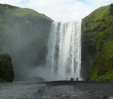 Island - mezi Ledovci, sopkami a horkými prameny