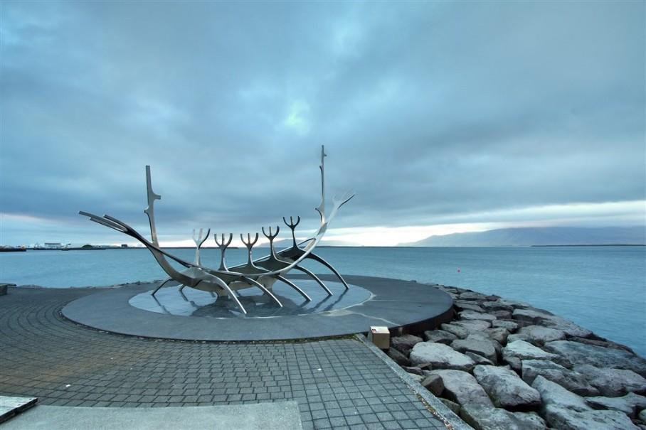 Island - mezi Ledovci, sopkami a horkými prameny (fotografie 14)