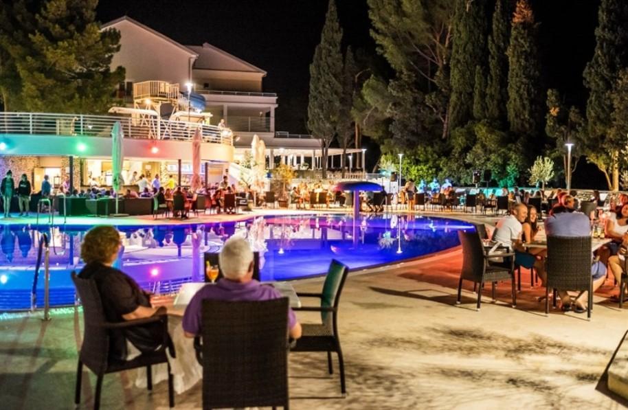 Hotel Dražica (fotografie 8)