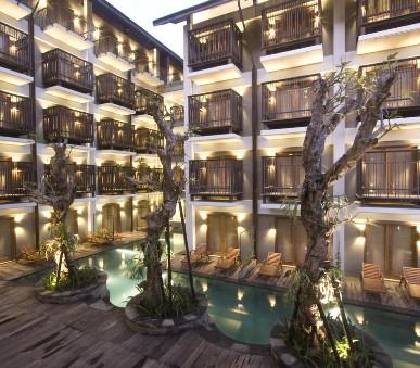Hotel Oasis Lagoon Sanur